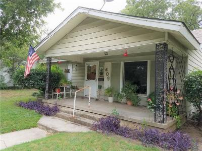 Cleburne Single Family Home For Sale: 409 Dixon Street