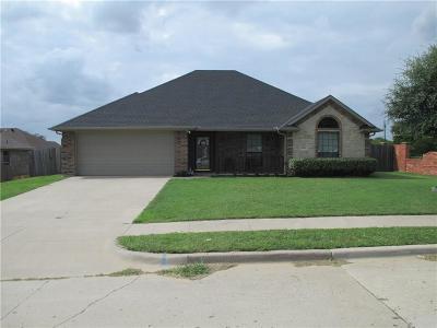 Kaufman Single Family Home For Sale: 1402 Still Meadow Drive