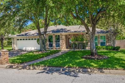 North Richland Hills Single Family Home For Sale: 8533 Neil Court