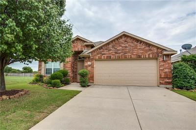 Fort Worth Single Family Home For Sale: 3940 Eaglerun Drive