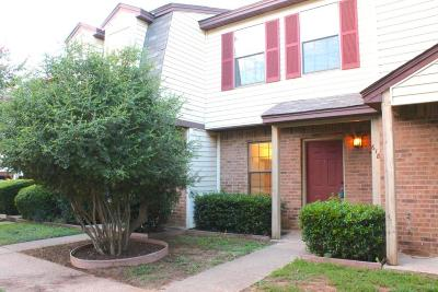 Denton Townhouse Active Option Contract: 618 W Collins Street