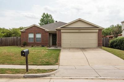 Denton Single Family Home For Sale: 3117 Pinehurst Court