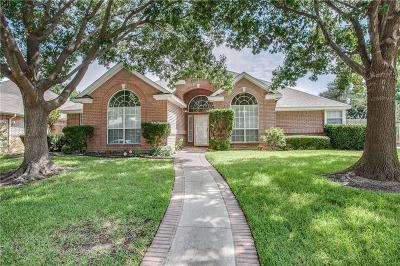 North Richland Hills Single Family Home For Sale: 7836 Hidden Oaks Drive