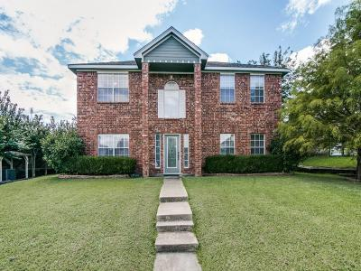 Garland Single Family Home For Sale: 1214 Woodcrest Drive