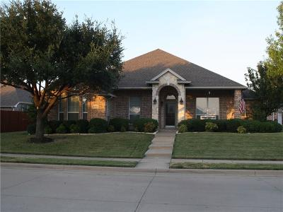 Fort Worth Single Family Home For Sale: 5800 Ozark Drive