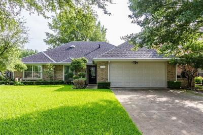 Grapevine Single Family Home For Sale: 1618 Hyland Greens Drive
