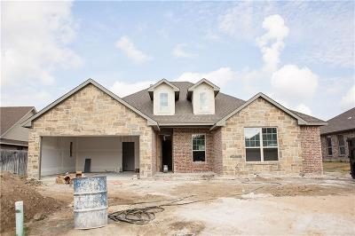 Kaufman Single Family Home For Sale: 1410 Still Meadow Drive