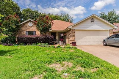 Keller Single Family Home For Sale: 314 Eastwood Drive