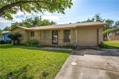 Denton Single Family Home For Sale: 3825 Redstone Road