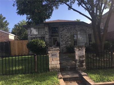 Dallas Single Family Home For Sale: 10248 Carolina Oaks Drive