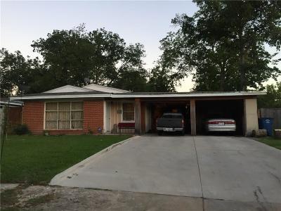 Dallas Single Family Home For Sale: 2540 Maverick Avenue