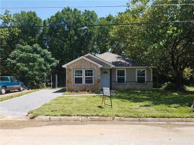 Tarrant County Single Family Home For Sale: 2503 Birdell Street