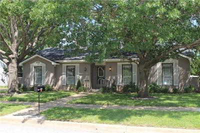 Arlington Single Family Home For Sale: 3105 Vernon Drive