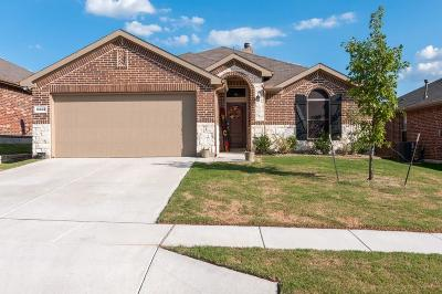 Fort Worth TX Single Family Home For Sale: $224,000