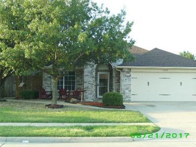 Cedar Hill Single Family Home For Sale