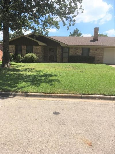 Stephenville Single Family Home Active Option Contract: 312 Rosebud Drive