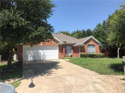 Haltom City Single Family Home Active Contingent: 5925 Lakeview Court