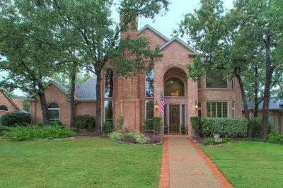 Highland Village Single Family Home For Sale: 3015 Woodhollow Drive