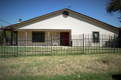 Fort Worth Multi Family Home Active Option Contract: 3601 James Avenue