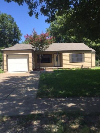 Dallas Single Family Home For Sale: 2717 Rolinda Drive