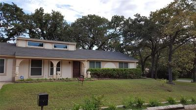 Hurst, Euless, Bedford Single Family Home For Sale: 409 W Redbud Drive