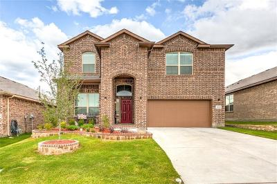 Fort Worth TX Single Family Home For Sale: $280,000