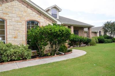 Burleson Single Family Home For Sale: 213 Plantation