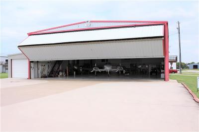 Tarrant County Single Family Home For Sale: 101 Aviator Drive