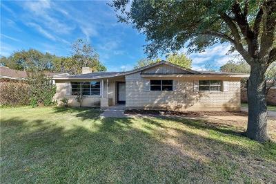 Bedford, Euless, Hurst Single Family Home For Sale: 828 Livingston Drive
