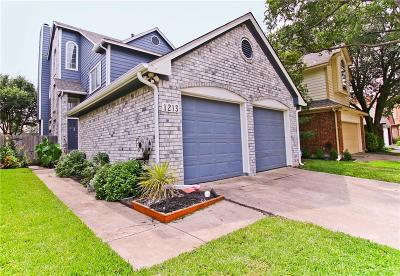 Carrollton Single Family Home For Sale: 1213 Lone Wolf Trail