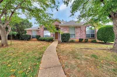 Lewisville Single Family Home For Sale: 1414 Primrose Lane
