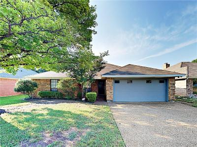 Fort Worth Single Family Home For Sale: 3817 Huntwick Drive