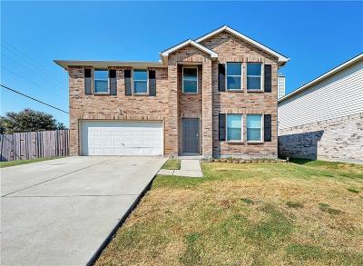 Grand Prairie Single Family Home For Sale: 2056 Crosbyton Lane