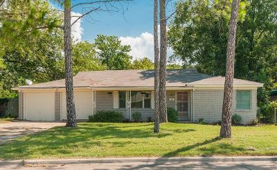 Lake Worth Single Family Home For Sale: 3804 Caddo Trail