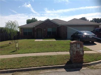 White Settlement Single Family Home For Sale: 1301 Rumfield Road