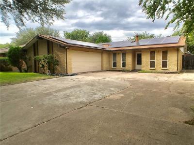 Grand Prairie Single Family Home For Sale: 426 Santa Margarita Street