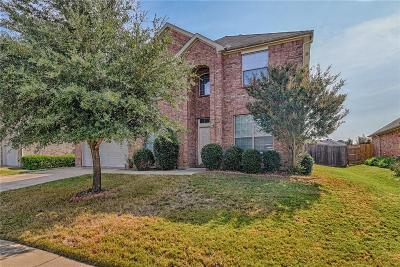Mansfield Single Family Home For Sale: 60 Misty Mesa Trail