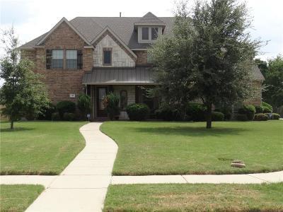 Sunnyvale Single Family Home For Sale: 200 Hearthstone Drive