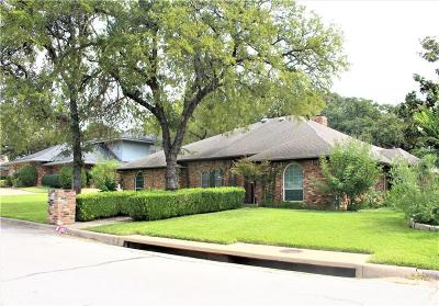 Arlington Single Family Home For Sale: 1852 Rhinevalley Drive