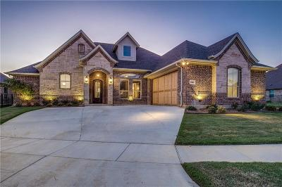 Arlington Single Family Home For Sale: 6902 Clayton Nicholas Court