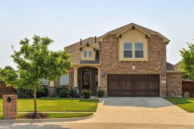 Mansfield Single Family Home Active Option Contract: 526 Cobblestone Circle