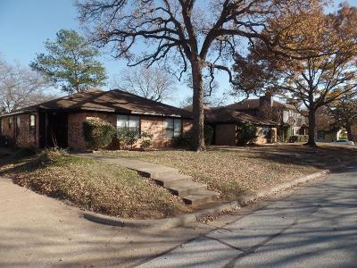 Arlington Multi Family Home For Sale: 221 Arnold Avenue