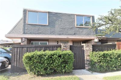 Irving Townhouse Active Option Contract: 2713 Stonehaven Court