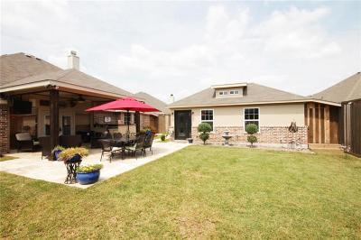 Arlington Single Family Home For Sale: 7819 Black Willow Lane