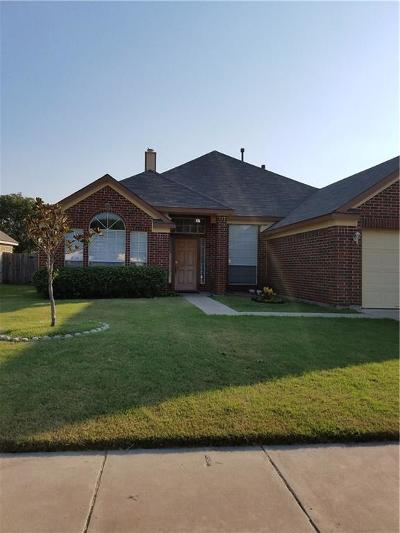 Haltom City Single Family Home For Sale: 5060 San Jacinto Drive