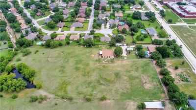 North Richland Hills Farm & Ranch For Sale: 7125 Douglas Lane