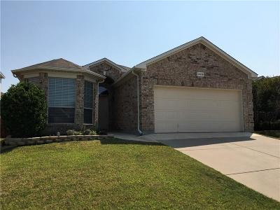 Fort Worth TX Single Family Home For Sale: $217,500