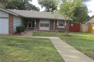 Euless Single Family Home For Sale: 1213 Douglas Street