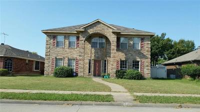 Rowlett Single Family Home For Sale: 6721 Trumpet Drive