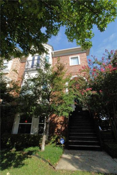 Dallas Townhouse For Sale: 2205 Canton Street #111